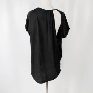 FABLETICS split back short sleeve black t-shirt